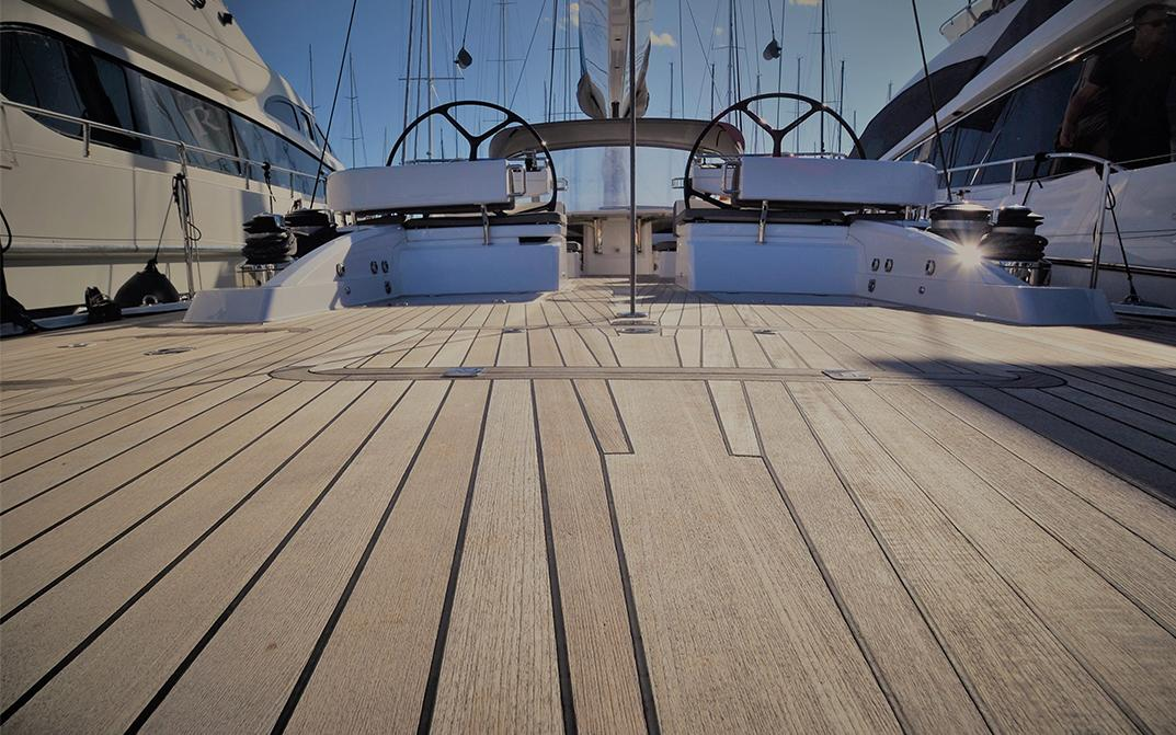 Aft deck facing fwd