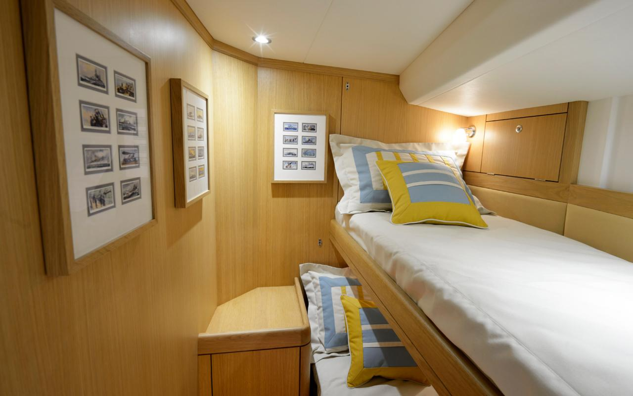 oysteryachts charter 625 tiger bunks 1680x1050
