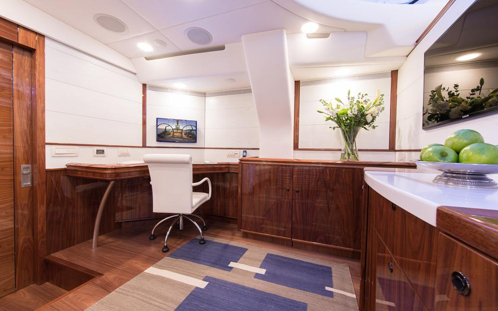 oysteryachts previousmodels 100 penelope gallery 8