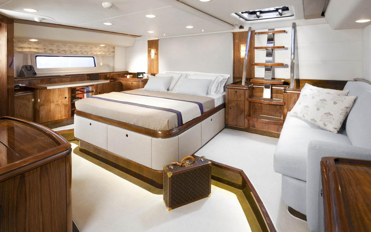 oysteryachts previousmodels 100 sarafin img 1454