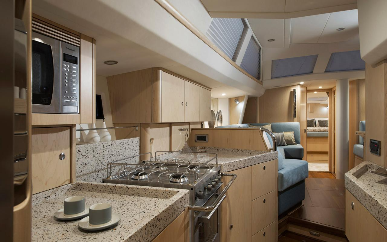 oysteryachts 545 interior 002