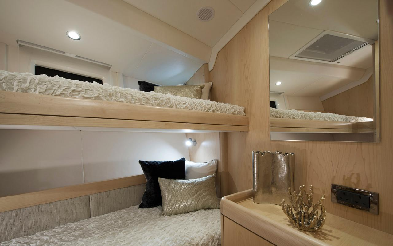 oysteryachts 545 interior 006