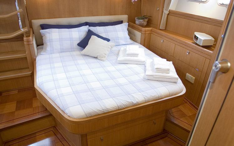 oysteryachts previousmodels 66 001