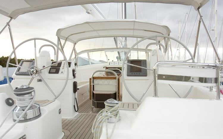 oysteryachts previousmodels 66 012