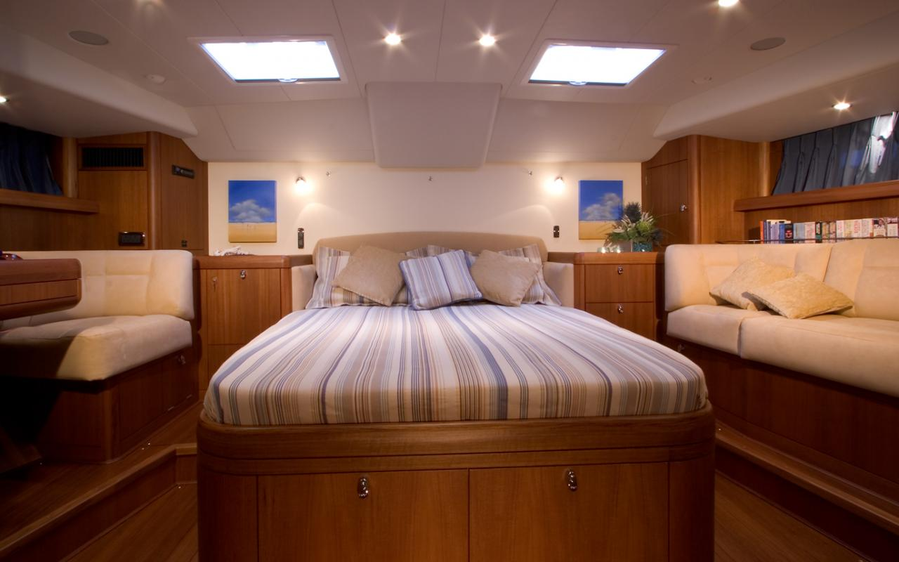 oysteryachts previousmodels 72 14