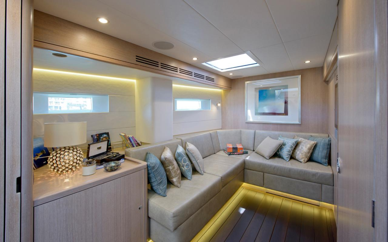 oysteryachts yachts 885 claire lower saloon 1680x1050