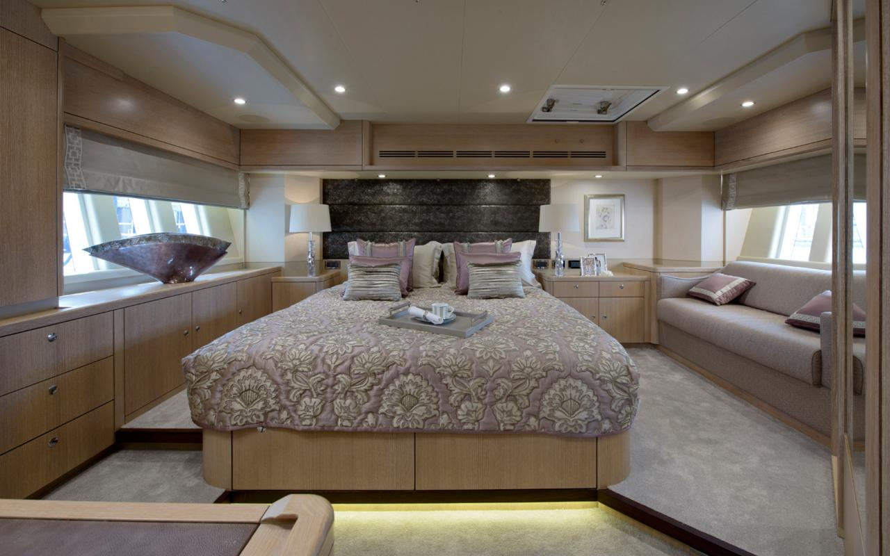 oysteryachts yachts 885 claire master 1680x1050