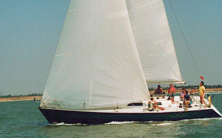 oysteryachts previousmodels lw395 006