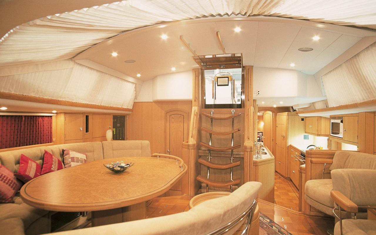 oysteryachts brokerage 62 01 pearlfisher interior003 1680x1050