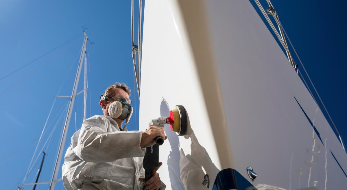 oyster yachts sailing yacht repairs polishing v2