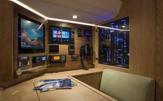 Oyster 565 Interior | Navigation Chart Table