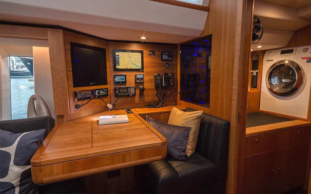 Oyster 565 Interior Navigation Chart Table