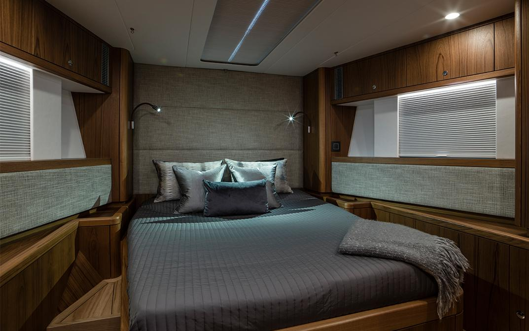 Oyster 675 Forward Double Guest Cabin
