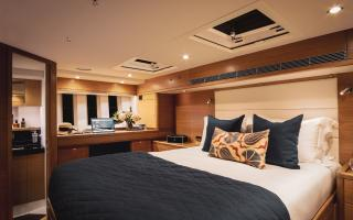 Oyster 745 75 Foot Sailing Yacht Interior 13