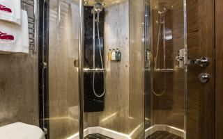 Oyster 885 Master Cabin En-Suite Head Shower