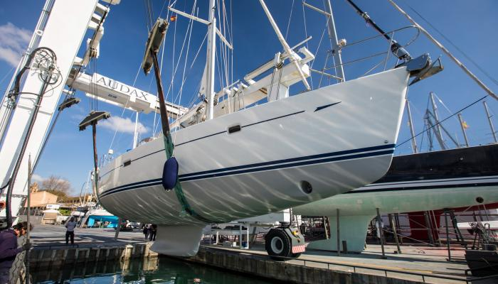oyster sailing yacht refurbishment haul out